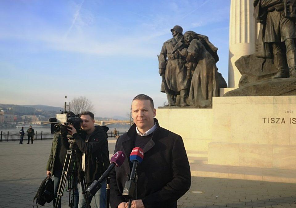 """Toroczkai: """"Tiltsák be a cigányságot hergelő, uszító csoportokat"""""""
